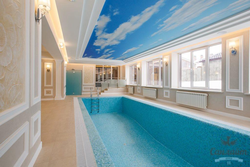 крытый бассейн для отеля