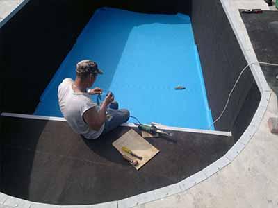 Гидроизоляция бассейна мужчина фото