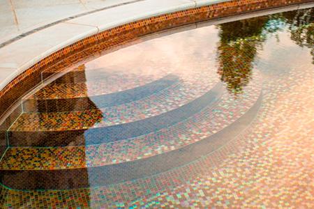 форма бассейна дна фото