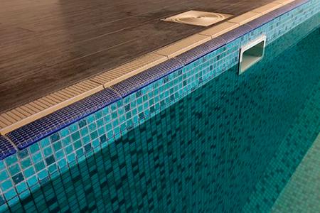 плитка для борта бассейна фото